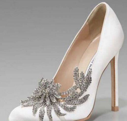 300e017b Foto: Los zapatos de novia de 'Bella' | Los 'manolos', glamour en ...