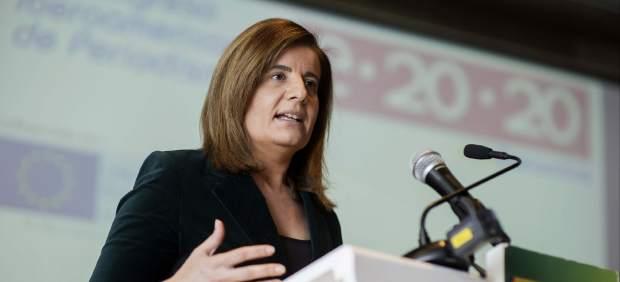 """Fátima Báñez ve un """"ejercicio de responsabilidad"""" que no se revaloricen las pensiones"""