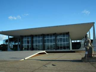 Palacio de Justicia de Brasilia, obra de Niemeyer