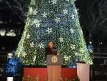 Obama enciende el árbol