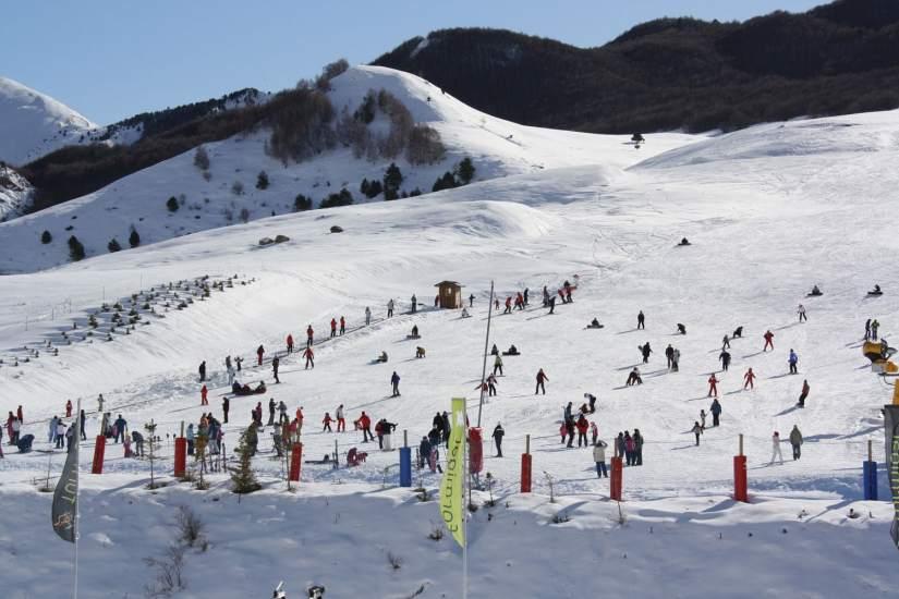 Pirineo oscense y andorra nieve y diversi n al alcance de for Jardin de nieve formigal