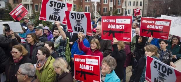 Manifestaci�n contra las armas