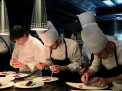 Jordi Cruz (ABaC) y Ángel León (Aponiente) logran la tercera estrella Michelin