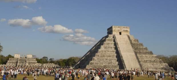 El fin del ciclo maya atrajo a unas personas a for Fondos de pantalla 7 maravillas del mundo