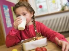 Cuatro de cada diez niños españoles consumen menos lácteos de los necesarios