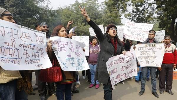 Jucio en India por la violación en grupo