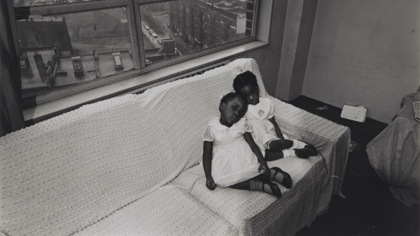 Untitled, [Children on Couch with East 100th Street Out the Window], from East 100th Street series