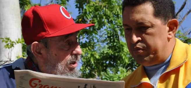 Hugo Chávez junto a Fidel Castro