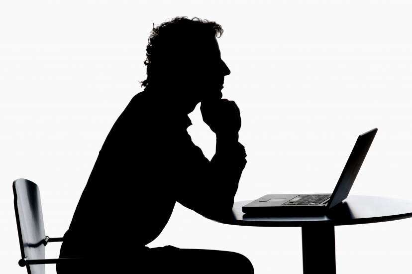 """Las redes sociales, el """"currículum vivo"""" para encontrar empleo"""