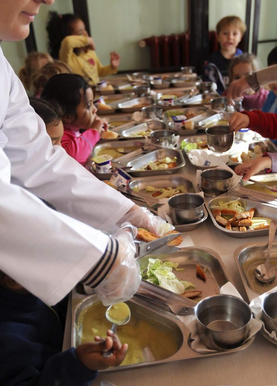 Becas Comedor Valencia | Madrid Dara 12 500 Ayudas De Comedor Mas Despues De Que 72 500