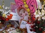 Flores para recordar a la víctima