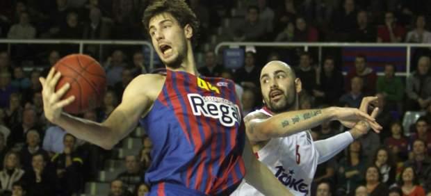 Tomic y Antic en el Barça - Olympiacos