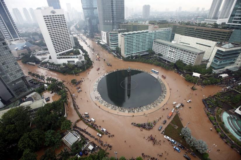 Al menos 4 muertos por las inundaciones en Indonesia