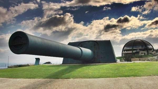 Los cañones Vickers de La Coruña