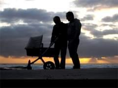 Un tribunal reconoce ayudas por maternidad para padres por gestación subrogada
