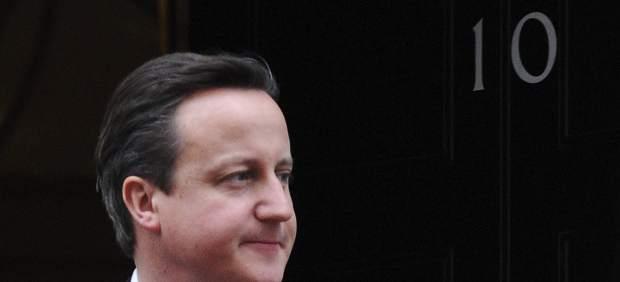 David Cameron, saliendo de su residencia oficial