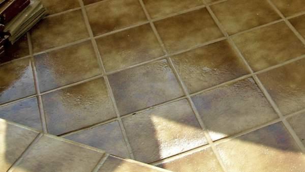 Decoraci n con gres cer mico resistente variado y barato - Gres rustico para interiores ...