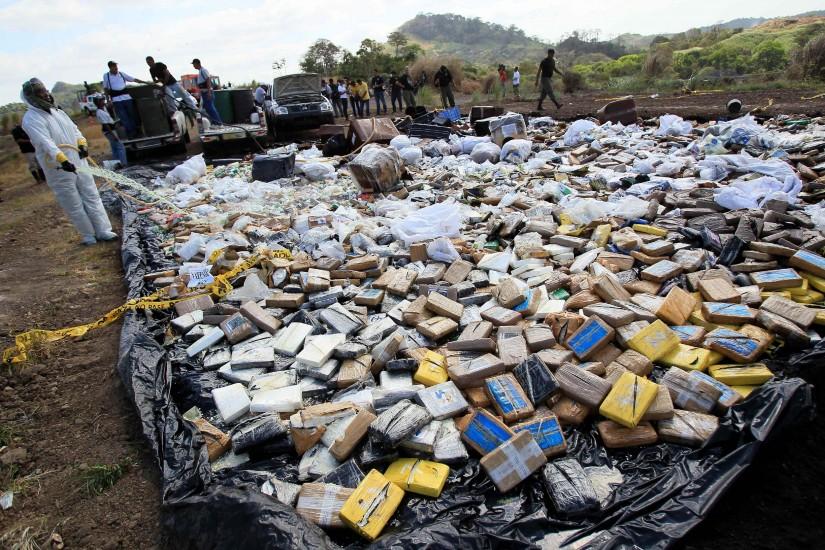 Destruyen más de cinco toneladas de drogas decomisadas