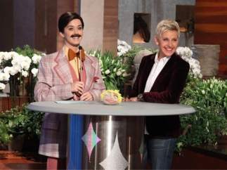 Katy Perry se viste de hombre