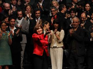 Concha Velasco recibe el premio honorífico de la academia