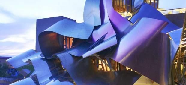 Marqués de Riscal: arquitectura y naturaleza celebran el vino