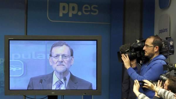 Discurso de Rajoy a través de un plasma