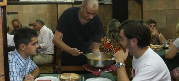 Las grandes cantidades de los menús de los restaurantes, un problema para la obesidad global por ...