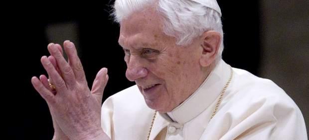 El Vaticano suspenderá las cuentas de Twitter de Benedicto XVI el próximo 28 de febrero