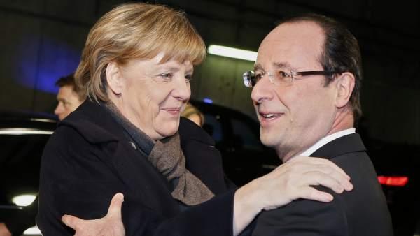 Francois Hollande y Angela Merkel