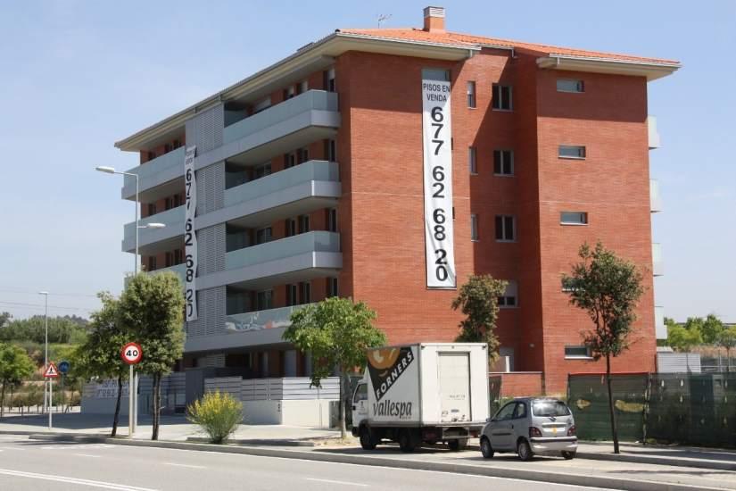 El precio de la vivienda en barcelona ya ha subido un 24 for Pisos sareb barcelona
