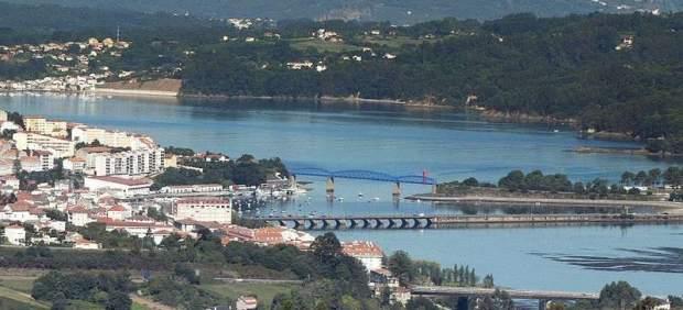 Donde nace el mejillón de Galicia: por la costa de Ares-Sada