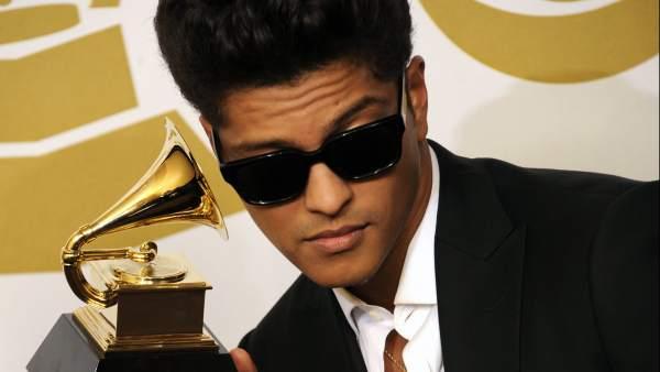 El disco de Bruno Mars es el más vendido del año 2013