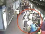 Orden de alejamiento del Metro para cinco carteristas