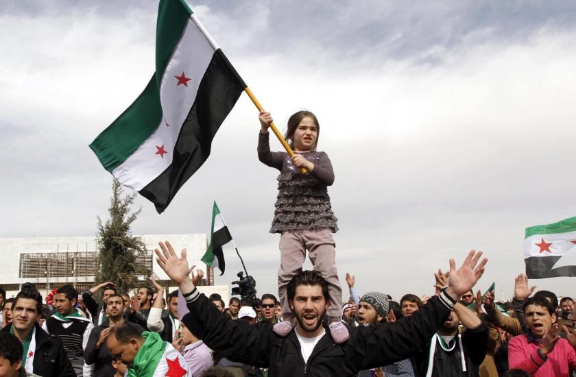 Sirios residentes en jordania protestan contra Bachar el Asad