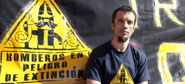 Manolo Ariza, bombero