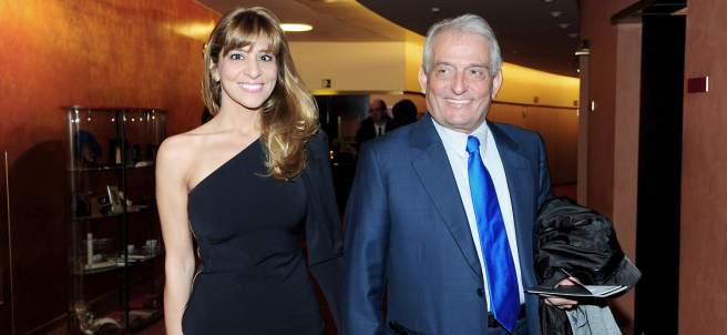 Con su mujer Reyes Monforte
