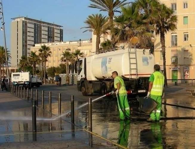 ofensiva de limpieza contra los chicles en barcelona