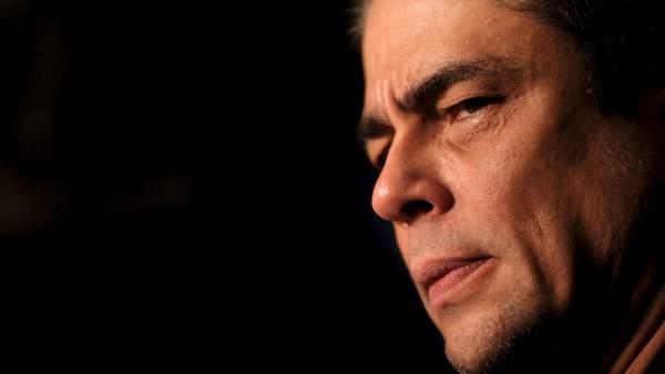 Ver v�deo Twitter 'mata' a Benicio del Toro