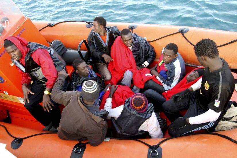 Rescatan 34 inmigrantes a bordo de cuatro pateras