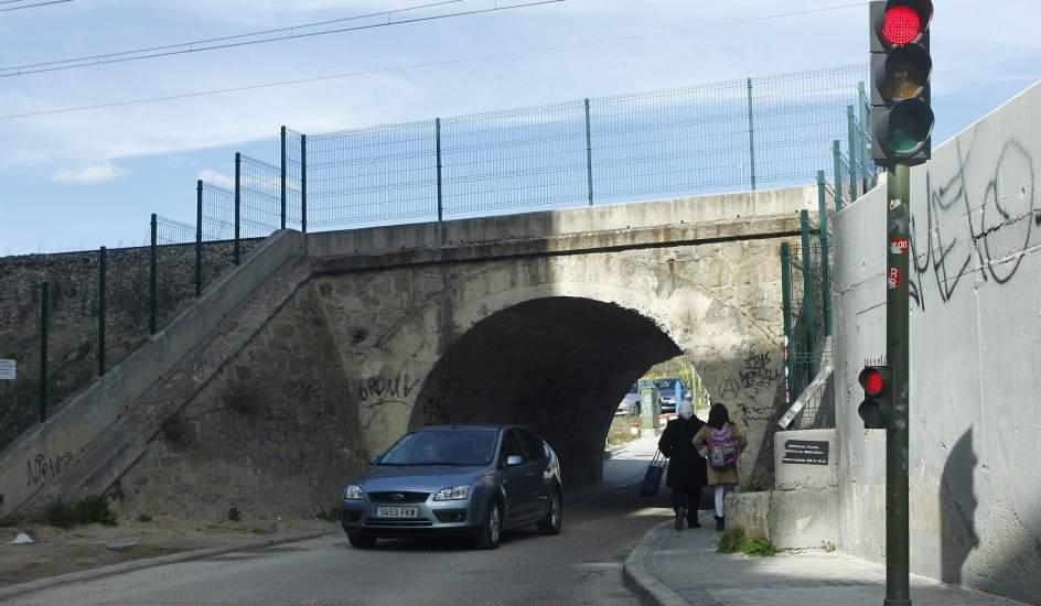 Miles de ni os madrile os van al colegio por rutas - Camino a casa fuenlabrada ...
