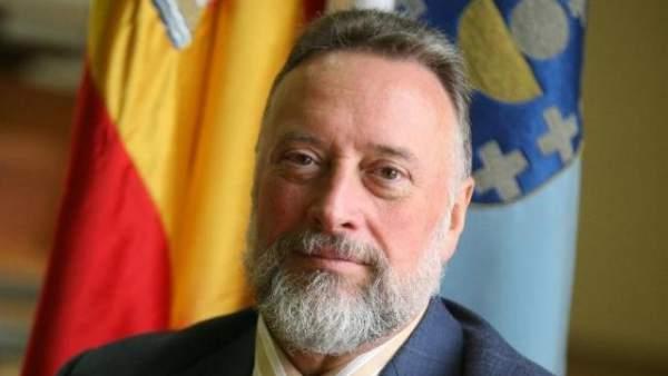 Enrique López Veiga