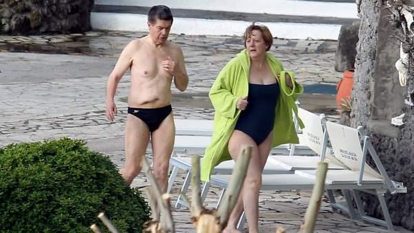 Merkel, enojada por las fotos de sus vacaciones familiares