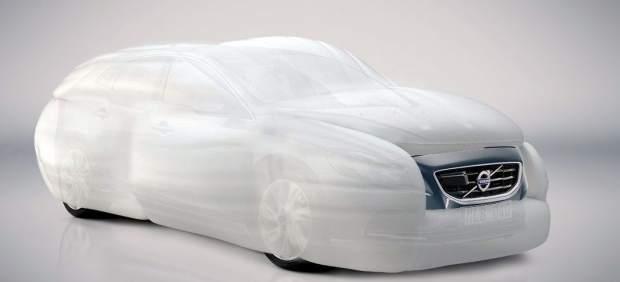 Un airbag para envolver el coche