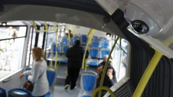 Cámara en autobús