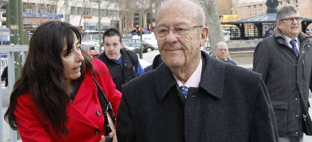 Simón Viñals, en la entrada a los Juzgados de Plaza de Castilla