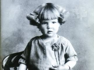 Sara, a los dos años