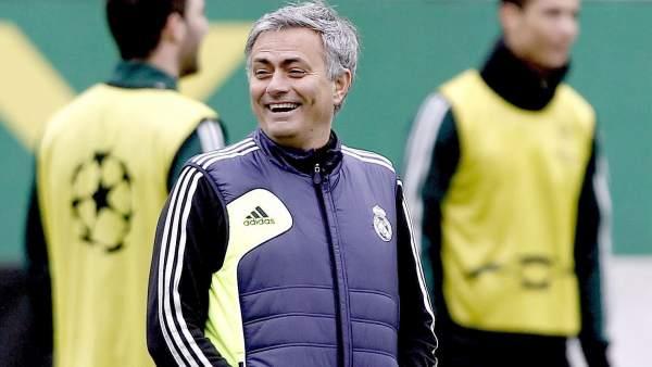 'Bild' anuncia el fichaje de Mourinho por el Chelsea
