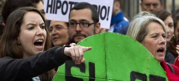 Protestas frente a la sede del PP en Andalucía