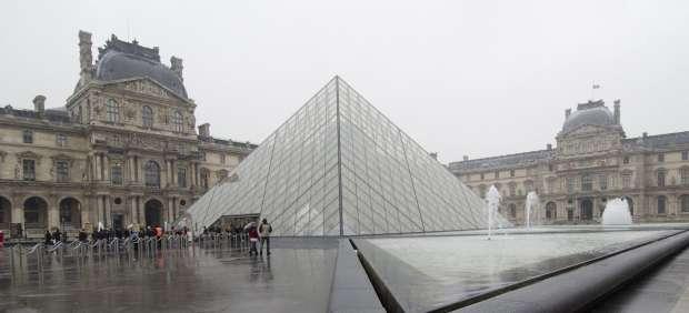 El Louvre pierde tres cuadros en el incendio de un museo