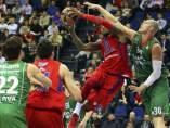Lampe defiende a Weems en el CSKA-Caja Laboral